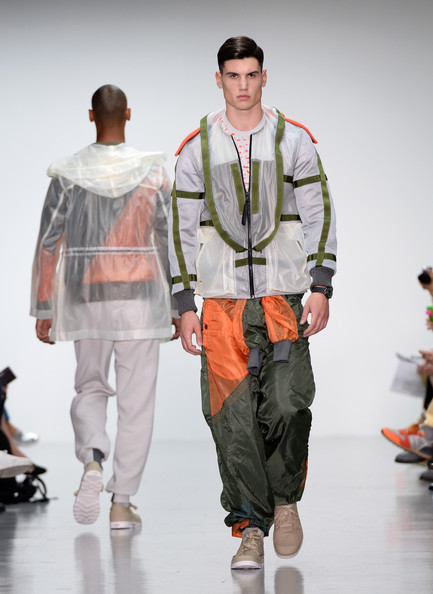 Christopher+Raeburn+Runway+London+Collections+mXtH_lPur4ol